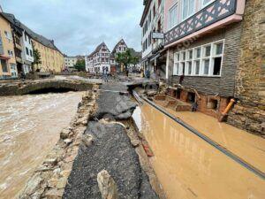 Read more about the article Inundații catastrofale în Germania, soldate cu zeci de  morți și dispăruți