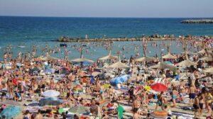 Read more about the article Hotelurile de la Marea Neagră, ocupate 100% în primele două săptămâni ale lunii august