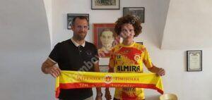 Read more about the article Robert Stoica, un fotbalist dâmbovițean de perspectivă, a fost achiziționat de Ripensia Timișoara