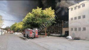 Read more about the article DÂMBOVIȚA: Incendiu puternic la o fabrică de polistiren, din localitatea Mija!