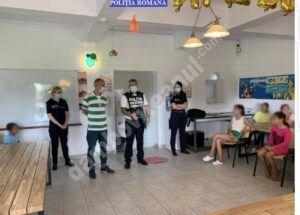 """Read more about the article """"Vacanță în siguranță"""" cu polițiștii de la prevenire și siguranță școlară"""